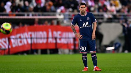 Lionel Messi saat melakoni debut untuk Paris Saint-Germain (PSG). - INDOSPORT