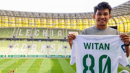Berikut top 5 news Indosport sepanjang Minggu (05/09/21). Lechia Gdansk menang telak di laga debut Witan Sulaeman, Inter Milan bakal dapat kiper gratis. - INDOSPORT