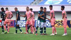 Indosport - Laga Liga 1 antara Madura United vs Tira Persikabo di Indomilk Arena, Jumat (03/09/21).