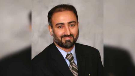 Dokter pakar penyakit menular asal Amerika Serikat, dokter Faheem Younus - INDOSPORT