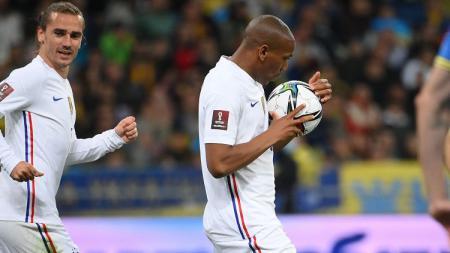 Selebrasi Anthony Martial di laga Kualifikasi Piala Dunia 2022 Ukraina vs Prancis. - INDOSPORT