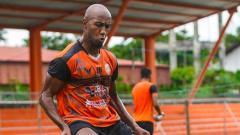 Indosport - Gundul Gacor, 6 Pemain Plontos yang Bersinar di Awal Liga 1 2021