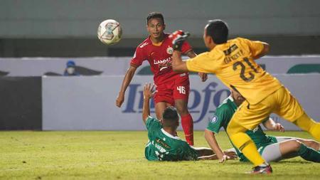 Osvaldo Haay saat laga Liga 1 antara Persija Jakarta menghadapi PSS Sleman. - INDOSPORT
