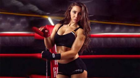 Petinju wanita asal Rusia, Angelina Semenova. - INDOSPORT