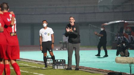 Pelatih Angelo Alessio mencoba tak menyesali kondisi Persija Jakarta saat ini di Liga 1. - INDOSPORT