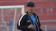 Indosport - Pasukan Persik Kediri memilih introspeksi diri usai dikalahkan PSM Makassar 2-3 di pekan keempat BRI Liga 1, Kamis (24/09/21).