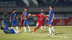 Indosport - Laga Liga 1 antara PSIS Semarang vs Persija Jakarta di Indomilk Arena, Minggu (12/09/21)