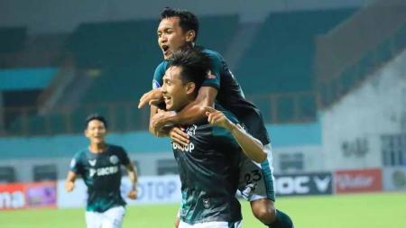 Selebrasi pemain Tira-Persikabo usai mencetak gol ke gawang Persik Kediri di BRI Liga 1. - INDOSPORT
