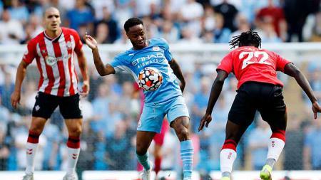 Raheem Sterling secara terbuka mengungkapkan rasa penasarannya dengan atmosfer liga di luar Inggris bersamaan dengan isu tak lagi betahnya ia di Manchester City - INDOSPORT