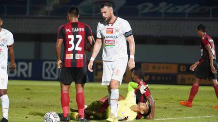 Pertandingan Liga 1 2021/22 antara Persipura vs Persija di Indomilk Arena, Minggu (19/09/21). Kedua tim bermain imbang 0-0. - INDOSPORT