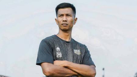Suhandi, pemain baru Dewa United FC. - INDOSPORT