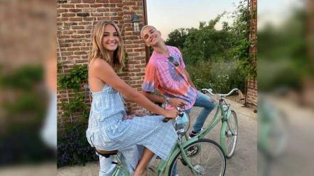 Romeo Beckham bersama Mimi Moocher - INDOSPORT