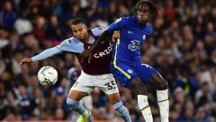 Indosport - Aksi Trevoh Chalobah di laga Chelsea vs Aston Villa (23/09/21).