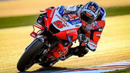 Pembalap tim Pramac Ducati, Johann Zarco baru saja sukses menjalani operasi arm pump yang dideritanya pada Rabu (22/09/21) malam WIB. - INDOSPORT