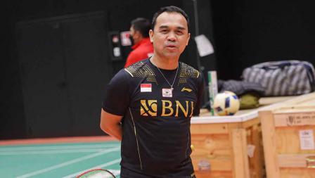 Kabid Binpres PP PBSI, Rionny Mainaky pada latihan perdana tim Piala Sudirman Indonesia di di Hameenkylan Liikutahall, Finlandia, Kamis (23/09/21) waktu setempat.