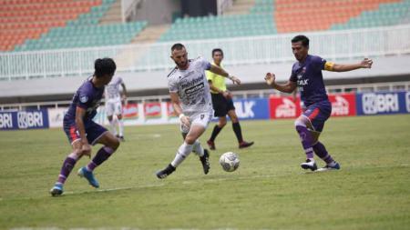 Persita Tangerang vs Bali United. - INDOSPORT