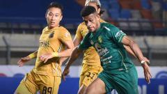 Indosport - Berikut hasil pertandingan pekan ke-4 BRI Liga 1 2021-2022, di mana jebolan Santos bawa Bhayangkara FC menang tipis atas Persebaya Surabaya.