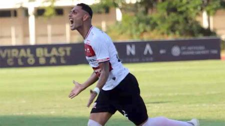 Pemain Madura United, Jaimerson Xavier usai mencetak gol ke gawang PSS Sleman. - INDOSPORT