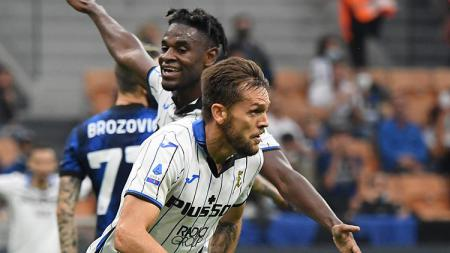 Selebrasi gol Rafael Toloi di laga Inter Milan vs Atalanta dalam lanjutan Serie A Liga Italia. - INDOSPORT