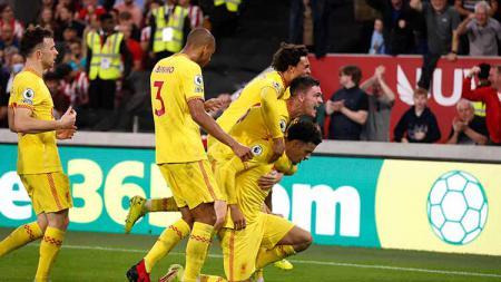Selebrasi gol Curtis Jones di laga Brentford vs Liverpool. - INDOSPORT
