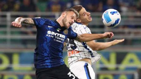 Alih-alih Sandro Tonali, Roberto Mancini lebih memilih memanggil bintang muda Inter Milan, Federico Dimarco, untuk menggantikan Matteo Pessina di Timnas Italia. - INDOSPORT