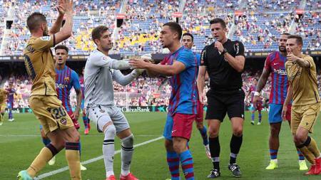 Situasi laga Barcelona vs Levante dalam lanjutan LaLiga 2021/2022. - INDOSPORT