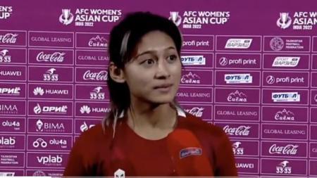 Zahra Muzdalifah saat diwawancara usai pertandingan. - INDOSPORT