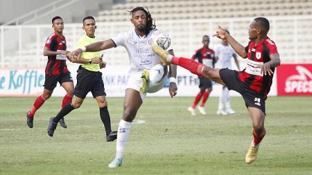 Pelatih Jacksen Tiago membongkar penyebab kekalahan Persipura Jayapura dari Arema FC di pekan kelima BRI Liga 1 2021/2022. - INDOSPORT