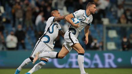 Pelatih Sassuolo, Alessio Dionisi, menuduh wasit melakukan keputusan fenomenal yang menguntungkan Inter Milan di lanjutan Liga Italia 2021-2022. - INDOSPORT