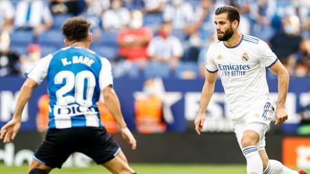 Berikut rekap hasil laga Liga Spanyol, Minggu (03/10/21) malam hingga Senin (04/10/21) pagi. Real Madrid dan Sevilla sama-sama dikalahkan tim papan bawah. - INDOSPORT