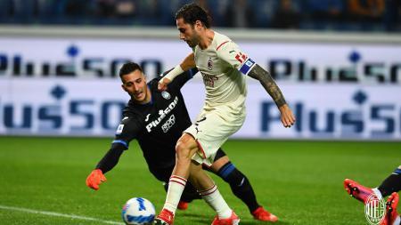 Berikut hasil pertandingan pekan ke-7 Liga Italia 2021/22 di mana AC Milan berhasil meraih kemenangan tipis 2-3 atas Atalanta. - INDOSPORT