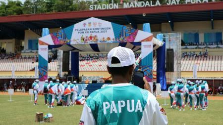 Kontingen Papua telah mencetak sejarah baru di ajang Pekan Olahraga Nasional (PON) XX. Untuk pertama kali dalam sejarah, kontingen Papua mengemas 32 medali emas - INDOSPORT