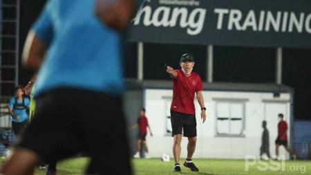 Resmi! Stasiun Televisi Lokal Ini Siarkan Laga Timnas Indonesia vs Taiwan. - INDOSPORT