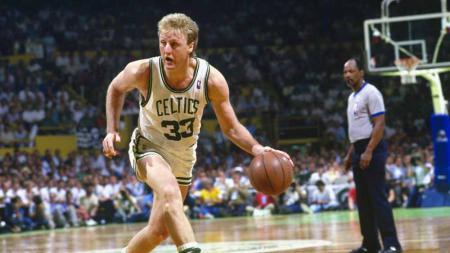 Larry Bird saat masih di Boston Celtics. - INDOSPORT