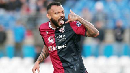 Joao Pedro, bintang Cagliari. - INDOSPORT
