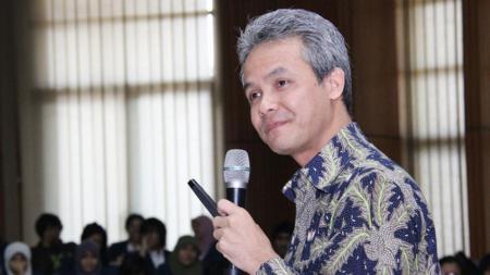 Gubernur Jawa Tengah, Ganjar Pranowo, menyampaikan beberapa pesan untuk calon peserta ASEAN School Games 2019. - INDOSPORT