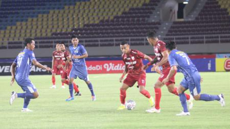 PSIM Yogyakarta berhasil menahan imbang Persis Solo dalam pertadingan bergengsi Liga 2 bertajuk Derby Mataram pada Selasa (12/10/21). - INDOSPORT