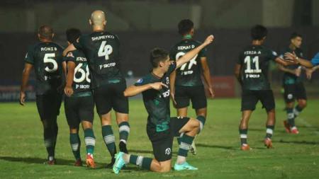 Borneo FC menelan kekalahan telak 0-3 dari TIRA-Persikabo pada pekan ketujuh Liga 1 2021-2022, Minggu (17/10/21). - INDOSPORT