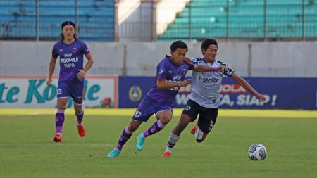 Pelatih Tira Persikabo buka suara usai menelan kekalahan dari Persita Tangerang pada pekan 8 Liga 1 2021, Jumat (22/10/21) di Stadion Moch. Soebroto, Magelang. - INDOSPORT