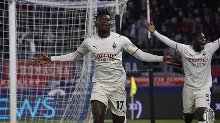 Stefano Pioli punya harapan khusus jelang duel akbar Liga Italia antara AC Milan melawan AS Roma, Senin (01/11/21) di Stadion Olimpico. - INDOSPORT