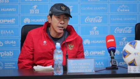 Shin Tae-yong jelang lawan Australia U-23 - INDOSPORT