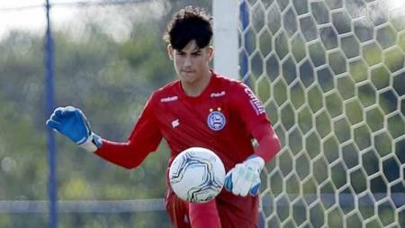 Klub tradisional Liga Italia, AS Roma, dikabarkan telah menemukan sosok Alisson Becker baru di dalam diri Gabriel Souza, kiper muda Brasil milik Bahia. - INDOSPORT
