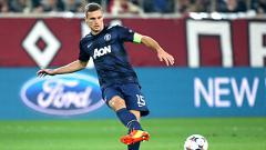 Indosport - Kiper Watford, Ben Foster, mengaku benci berada satu tim dengan Nemanja Vidic ketika mereka masih sama-sama membela Manchester United.