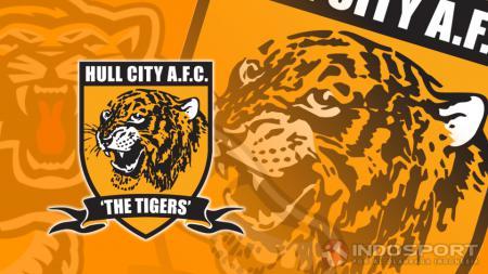 salah seorang fans Hull City harus mendapat perlakuan tidak menyenangkan dari pihak keamanan karena kedapatan berbalas pesan saat The Tigers menjalani laga Divisi Championship melawan Reading (10/8/19) - INDOSPORT