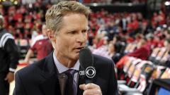 Indosport - Pelatih Golden State Warriors, Steve Kerr, menyuarakan kritiknya terhadap kompetisi basket NBA.