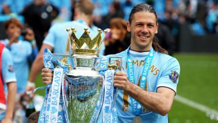 Martin Demichelis saat masih memperkuat Manchester City. - INDOSPORT