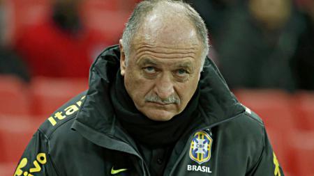 Bahaya Timnas Indonesia, eks pelatih yang sukses membawa Brasil juara Piala Dunia 2002 silam akan menjadi juru taktik UEA. - INDOSPORT