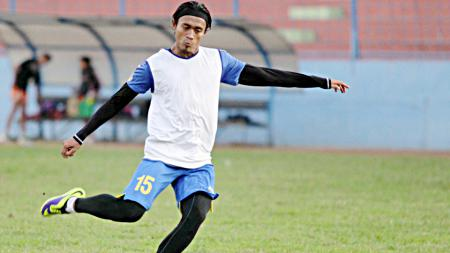 Striker muda Arema Cronus, Sunarto - INDOSPORT