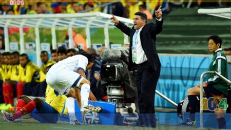 Luis Fernando Suarez tak terlalu antusias dengan gol bersejarah Honduras. - INDOSPORT