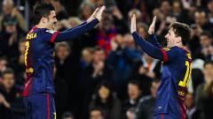 Indosport - David Villa (kiri) saat membela Barcelona dan berselebrasi bersama Lionel Messi.